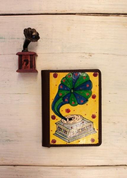 PASSPORT COVER – GRAMOPHONE